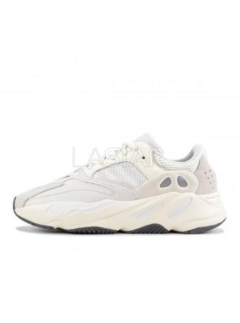 Adidas Yeezy 700 Analog EG7596
